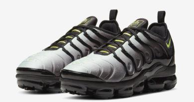Tenisky Nike Air VaporMax Plus Neon