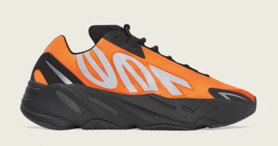 Tenisky adidas Yeezy Boost 700 MNVN FV3258