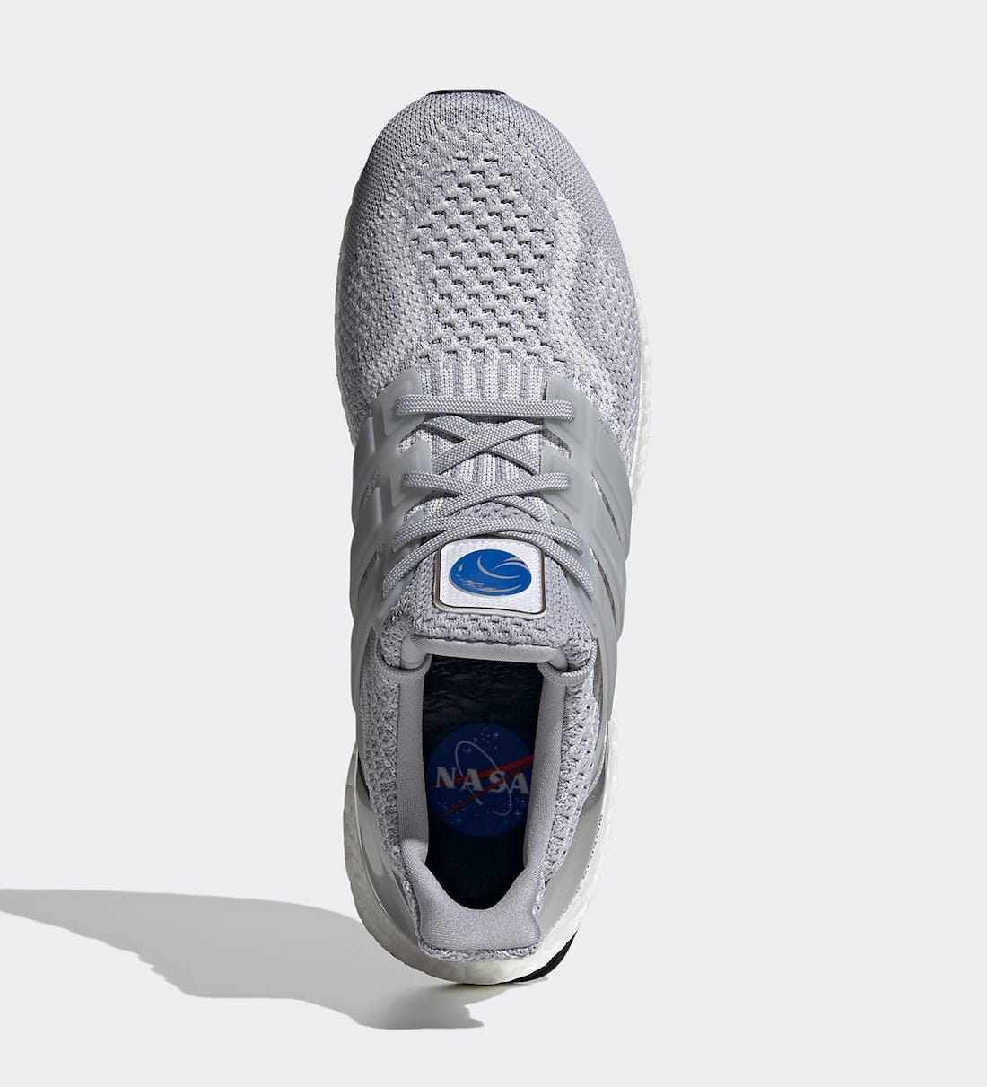 Pánské šedé tenisky a botasky NASA x adidas Ultra Boost DNA Halo Silver/Halo Silver-Dash Grey FX7972 nízké běžecké boty a obuv Adidas