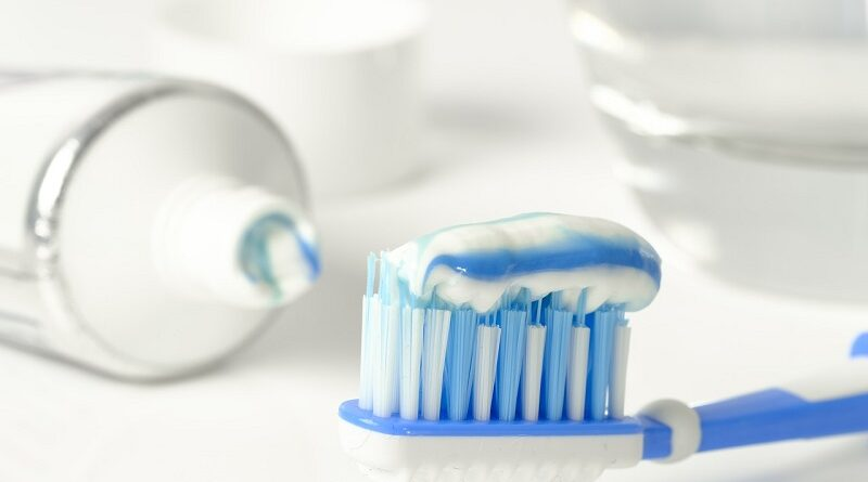 Skvělá a přírodní remineralizační zubní pasta domácí výroby