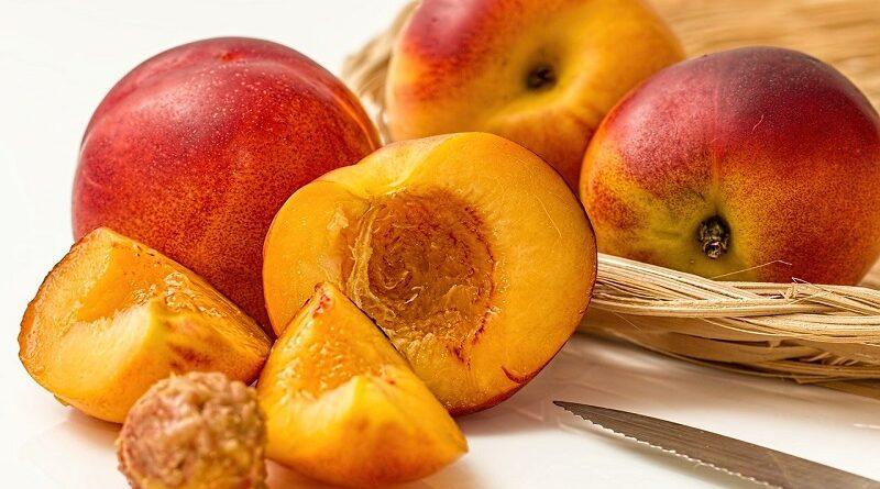 Zdravotní tipy a výhody konzumace čerstvé a šťavnaté broskve