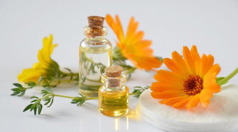 Jak používat čajovníkový olej na akné - tip na domácí recept