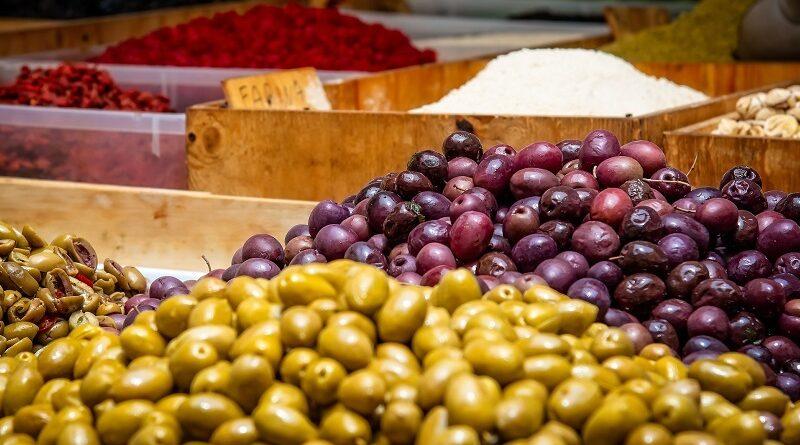 Jsou olivy zdravé nebo tučné? Faktory které je třeba zvážit