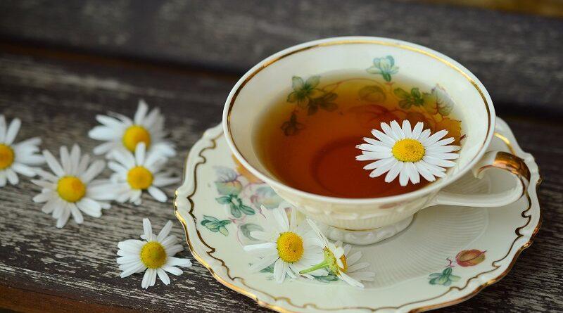 Silné zdravotní účinky heřmánkového čaje a důvody proč ho pít